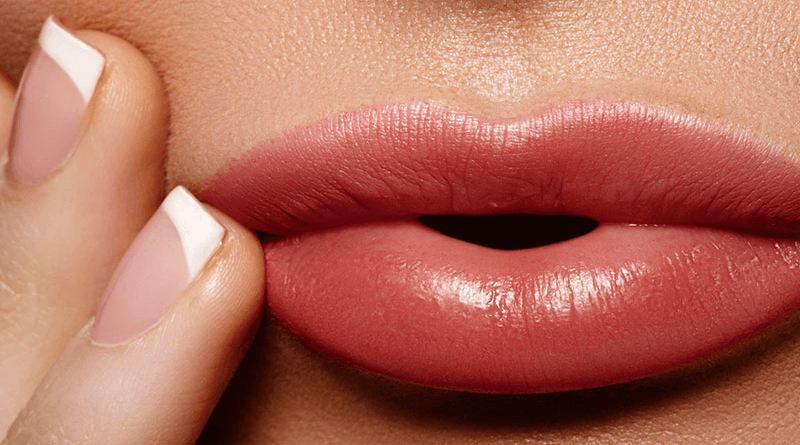 Make yourself a Moisturizing for Dry Lips