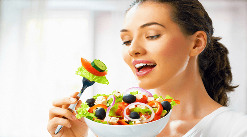 The Benefits of Eating Salads Daily